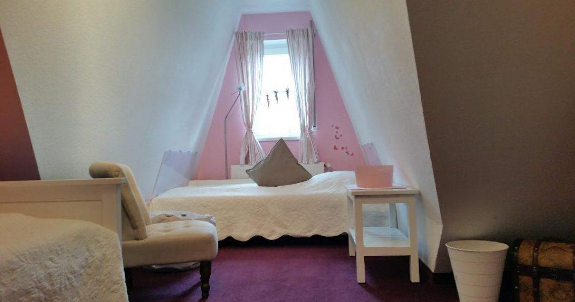 Schlafzimmer 2 - Bett 1.00m